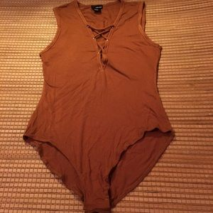🦉5for$15 Rust Lace Up Body Suit